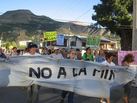 Marchamos porque nuestros sueños son la pesadilla de las mineras