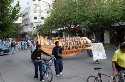 Marcha por el día mundial del agua en San Juan