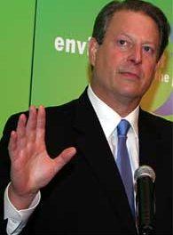 Barrick Gold fue expulsada como financista de visita de Al Gore a Chile