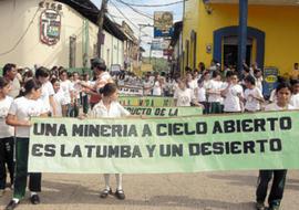 Un cabildo abierto de 8.000 personas rechazó presencia de mineras y declaró municipio ecológico a Santa Bárbara
