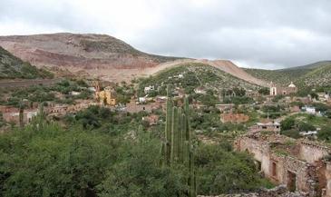 Cerro San Pedro: caminata por la vida para resistir su explotacíón