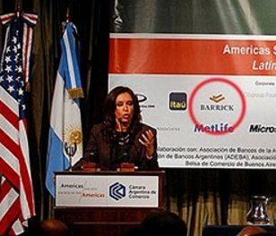 La campaña presidencial de la candidata oficialista la pagan mineras, petroleras y otras firmas a cargo del saqueo en Argentina