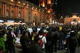 Cerró en Santiago la campaña mundial  «Súmate contra Pascua Lama»
