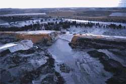 Recordarán 10 años de la catástrofe Aznalcóllar donde una balsa de residuos mineros derramó aguas ácidas y productos tóxicos con graves consecuencias.