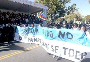 Las luchas antimineras en desfile del aniversario 417º de La Rioja