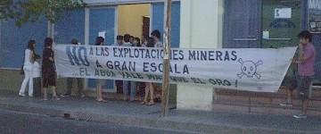Los 'juegos del consenso' en tiempos de Dictadura Mineral