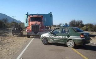 Cafayate no acepta el paso de camiones con sustancias peligrosas o de gran porte