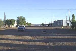 Calle principal de Gastre en la meseta de Chubut (gentileza Oro Sucio)