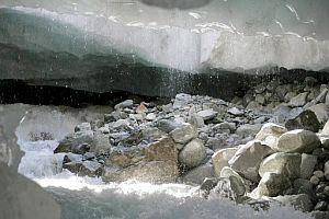 """A fondo: sector minero quiere borrar de la ley la palabra """"glaciares"""""""