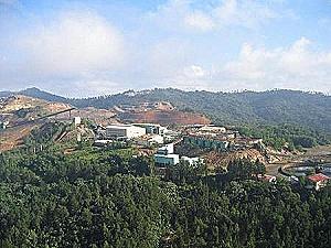 Contrato para explotación minera de Barrick en Dominicana