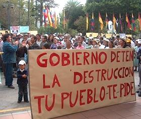 Ecuador suspende cinco explotaciones mineras por contaminación