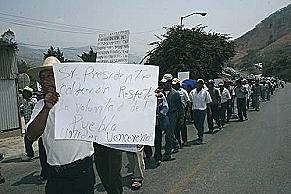 3.000 católicos marcharon contra proyectos mineros en Chiapas