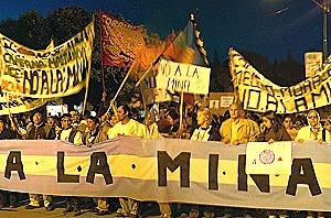 Miles en la calle contra la mina en Loncopue