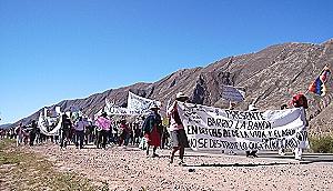 Reclaman al gobierno que cancele permisos mineros