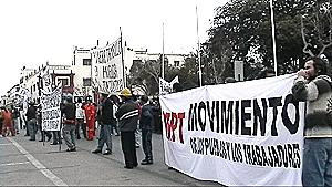 Pobladores y trabajadores a favor del cierre de minera Tambillos