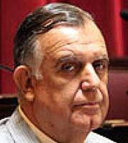 Gioja renunció a Comisión de Minería en medio de polémica por el convenio con Barrick
