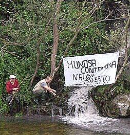 Investigarán los vertidos mineros al río Nalón