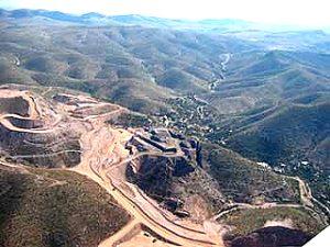 Consumo de agua de Minera San Xavier agrava la reducción de mantos freáticos