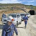 Despedidos de Minera Santa Cruz cortan Ruta 3