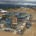 Denuncian derrame de desechos industriales en mina Marlin