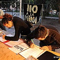 En Madryn firman contra la megaminaría