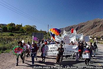 Marcha de pobladores de la Quebrada de Humahuaca contra la megaminería (07-05-09)