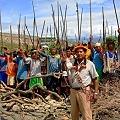 Arrasamiento de recursos naturales y exterminio de los pueblos indígenas amazónicos