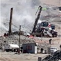Mineros atrapados y sin seguro