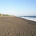 Arenas de hierro y titanio de playas guatemaltecas para una minera