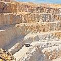 Santa Cruz quiere un impuesto inmobiliario para mineras