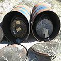 Hallan tambores con cianuro cerca de Las Grutas