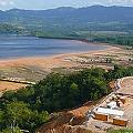 Daños demorarán inicio explotación mina de oro de Barrick