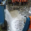 Vecinos denuncian que mina Marlin libera agua con químicos