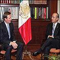 Juntitos presidente de México con presidente de Goldcorp