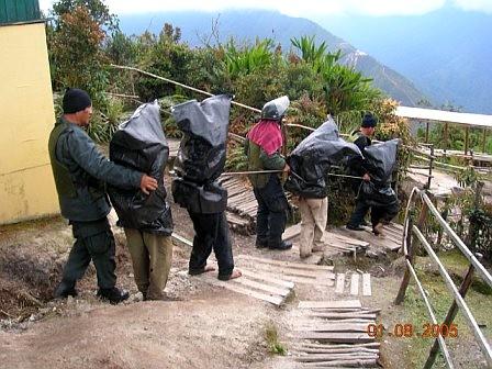 Per_espionaje_campesinos_Huancabamba4