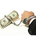 Salarios atados a regalías, saqueo y contaminción