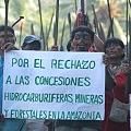 ¿La minería fortalece el tejido social, y reduce la migración y descomposición de las comunidades indígenas?