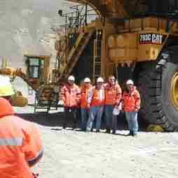 En Chile faltan mineros