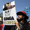 Peru_Conga_cartel_Conga_tu_madre120