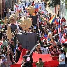 Masiva marcha en Calama por sus derechos luego de un siglo de minería