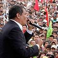 Correa no cede a las protestas indígenas y ratifica su política de minería