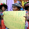 Indígenas peruanos buscan amparo contra la minería del oro