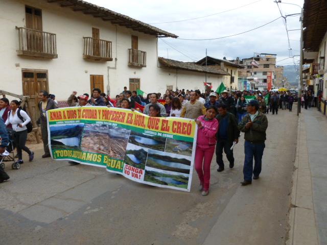 Peru_Conga_Cajam_marcha_17abr12_1