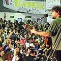 Vibrante y exitosa peña solidaria por la Tierra y el Agua en Cosquin