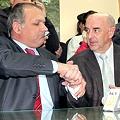 Gobernador Buzzi avaló la megaminería por el espejismo de la renta