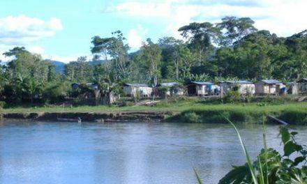 Colombia restringe explotación minera en región de Amazonia