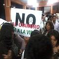 Protesta contra actividad minera en foro para el desarrollo
