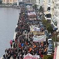 Salieron a las calles de Tesalónica contra proyecto minero