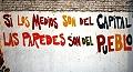 Si los medios son del gobierno, las paredes son del pueblo