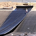 Las cuestionadas geomembranas ahora serán de fabricación nacional